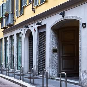 Milano Estetica, ingresso