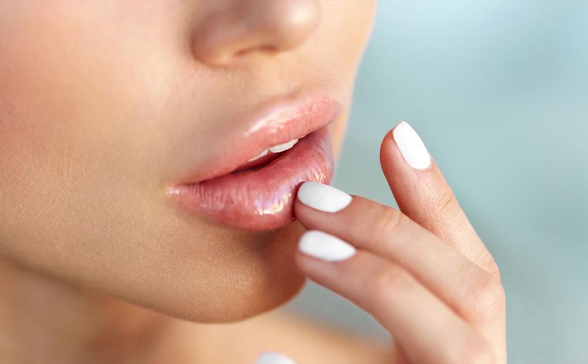 Filler Labbra a Milano: aumento volume labbra con acido ialuronico